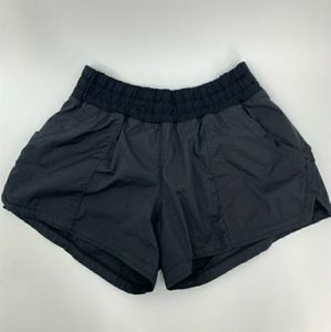 LULULEMON black  canvas shorts with built in brief